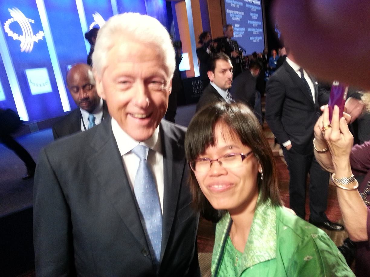Chak Sopheap with  President Clinton