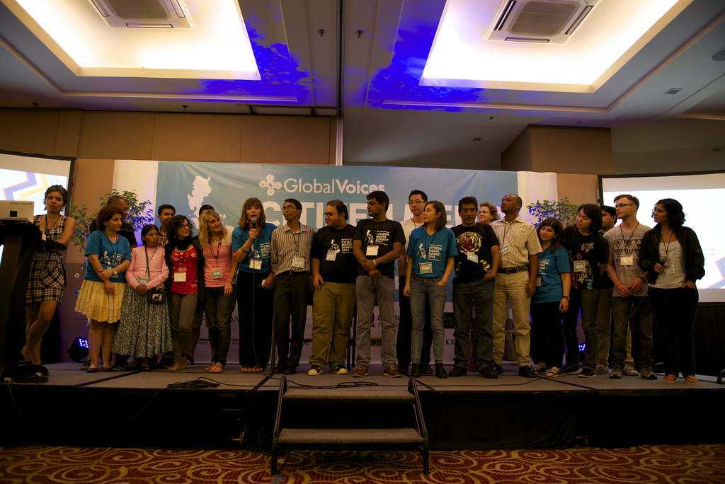 The Lingua Editors team at the 2015 Global Voices Summit in Cebu, Philippines. Photo by Laura Schnieder.  CC BY-NC-SA 2.0