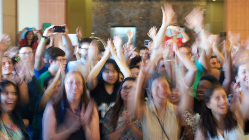 Bonheur en mouvement. La famille Global Voices au Sommet des médias citoyens à Cebu, Philippines 2015.