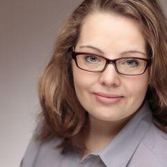 Ein kleines Porträt von Anne Hemeda