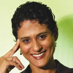 Filazalazana fohy an'i  Janine Mendes-Franco